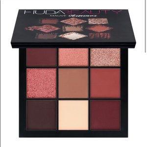 BNIB HUDA beauty Mauve Obsessions Palette